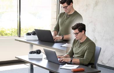 Adjustable-Height-Desk-Straight-2