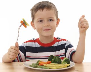 Από μικρό κι' από τρελό μαθαίνεις… να τρως σαλάτα!!! Έξυπνα tips για κάνετε το παιδί σας να τρώει λα