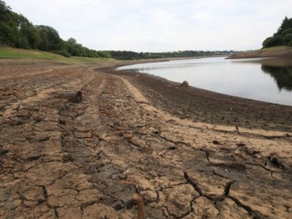 Is the civil society doing enough to tackle water scarcity in the UK?