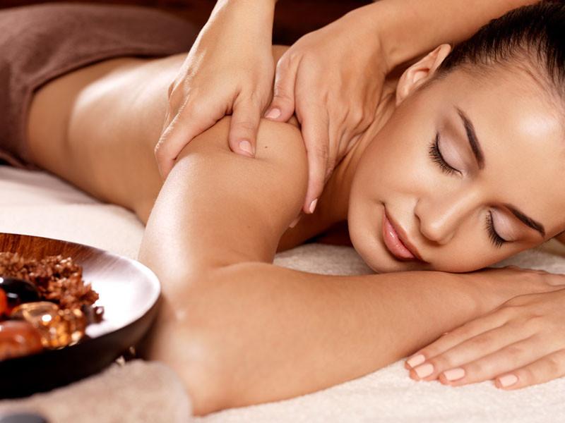 Massagem modeladora: benefícios e vantagens
