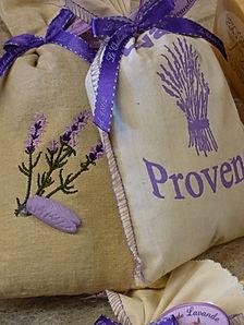 lavender-1596778_1920.jpg