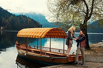 lake bled couple pletnar.jpg