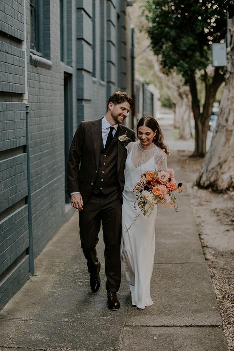 river-and-eve-flora-wedding-florist-sydney-autumn-warm-colour-palette-urban (31).jpg