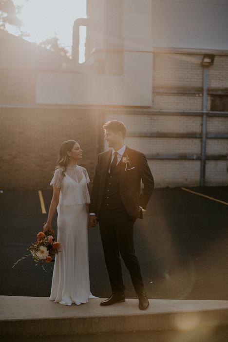 river-and-eve-flora-wedding-florist-sydney-autumn-warm-colour-palette-urban (24).jpg