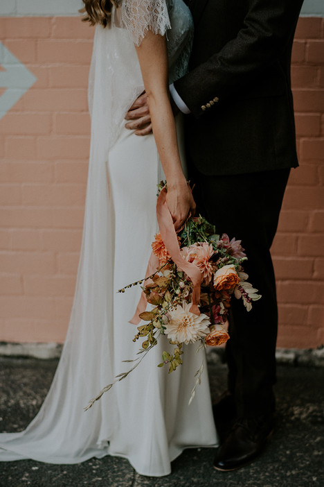 river-and-eve-flora-wedding-florist-sydney-autumn-warm-colour-palette-urban (34).jpg