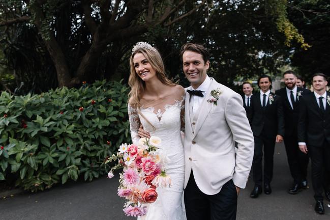 river-and-eve-flora-wedding-florist-sydney-botanical-gardens-soft-romantic-vintage (34).jp