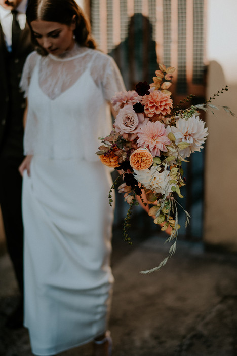 river-and-eve-flora-wedding-florist-sydney-autumn-warm-colour-palette-urban (22).jpg