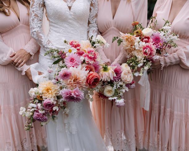 river-and-eve-flora-wedding-florist-sydney-botanical-gardens-soft-romantic-vintage (41).jp
