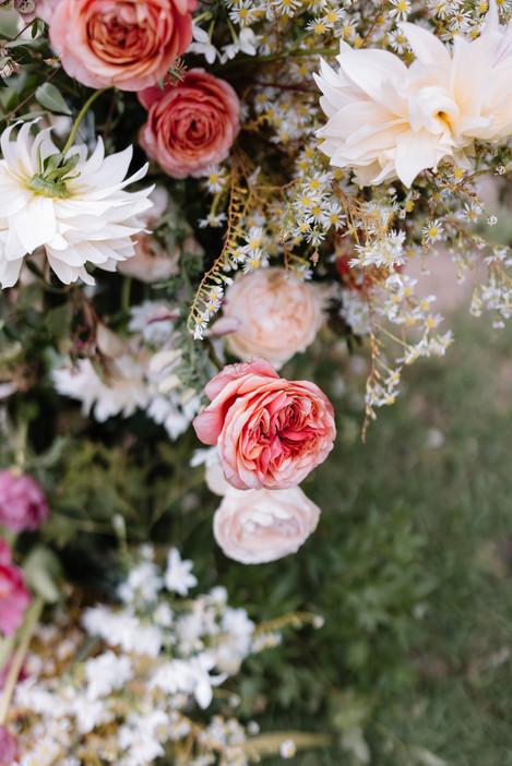 river-and-eve-flora-wedding-florist-sydney-botanical-gardens-soft-romantic-vintage (6).jpg