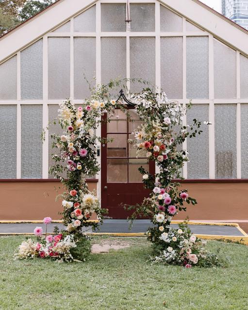 river-and-eve-flora-wedding-florist-sydney-botanical-gardens-soft-romantic-vintage (5).jpg