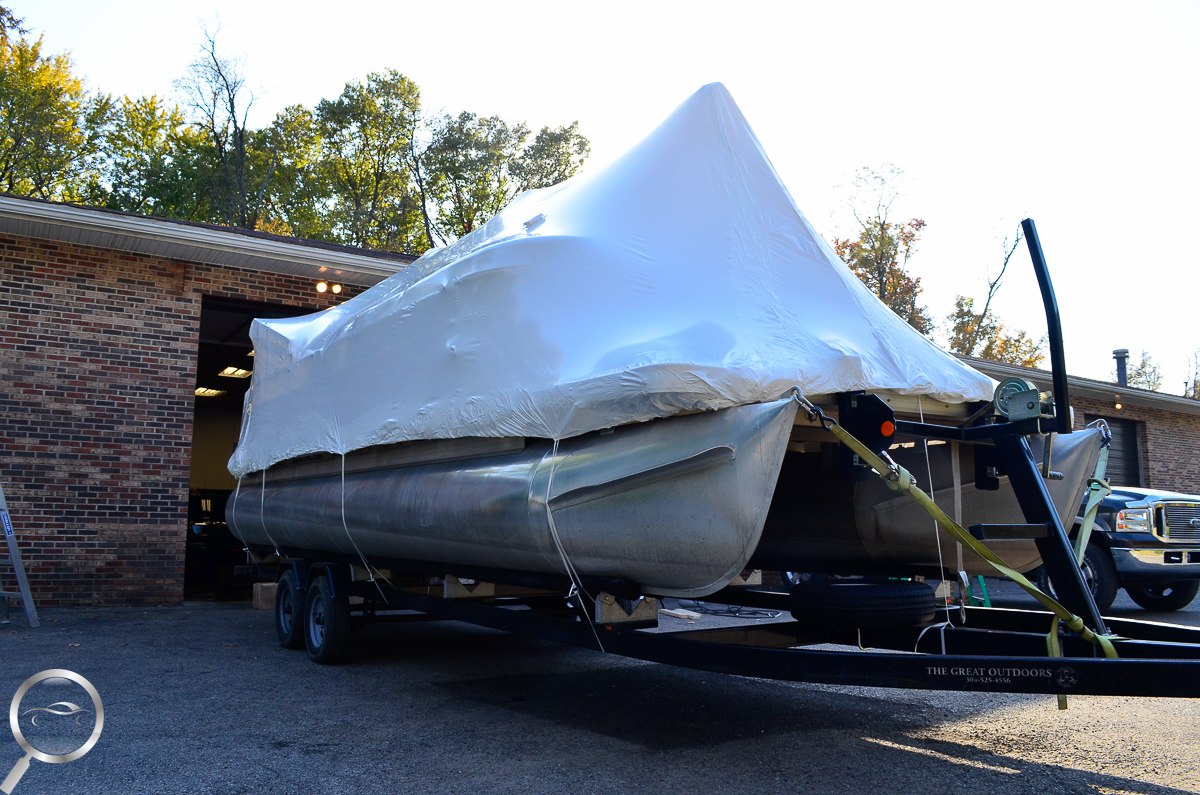 Shrink Wrapping pontoon
