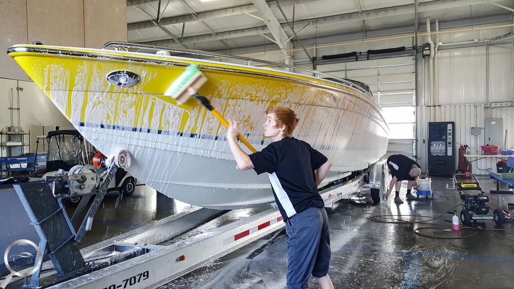 Mobile boat detailing