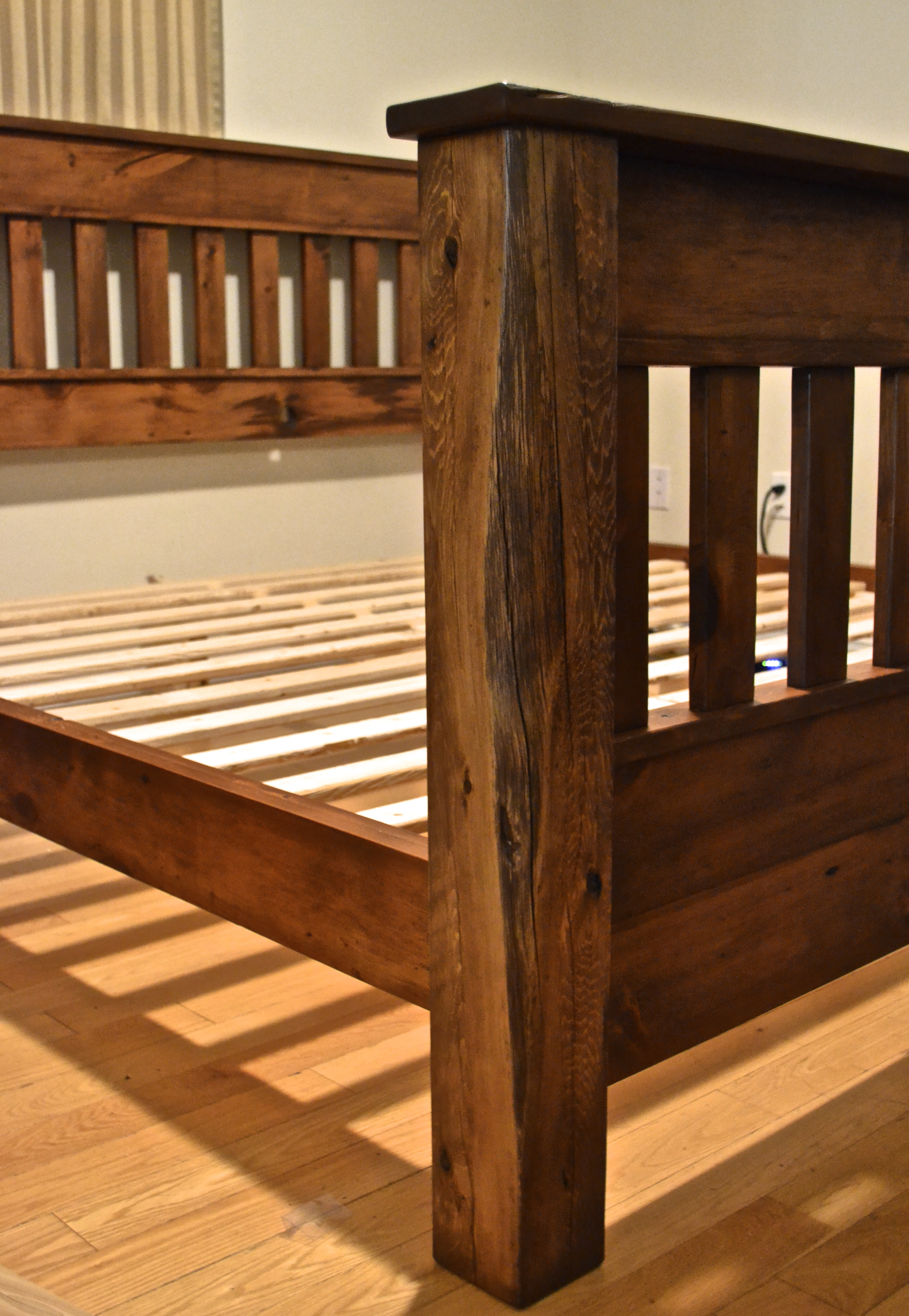 Reclaimed pine bed