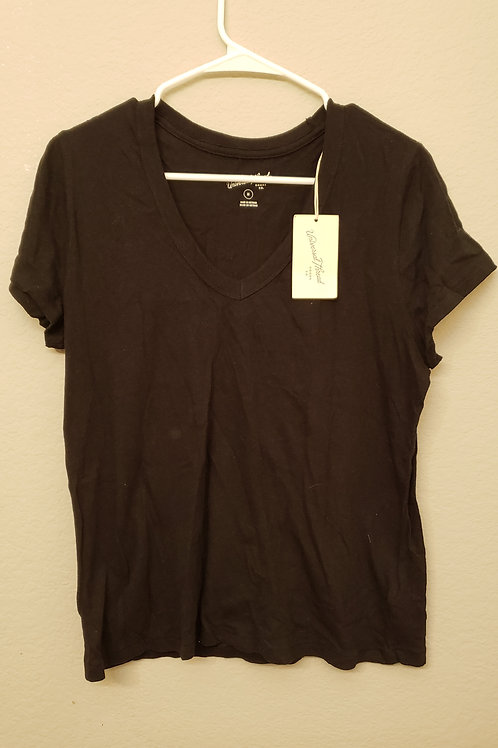 Basic black V cut Tshirt