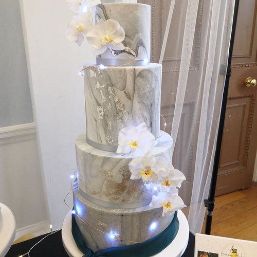 grey marble cake.jpg