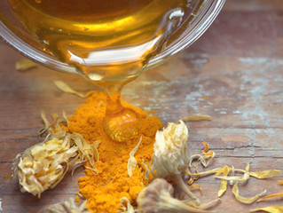Honey and Turmeric - A Powerful Duo