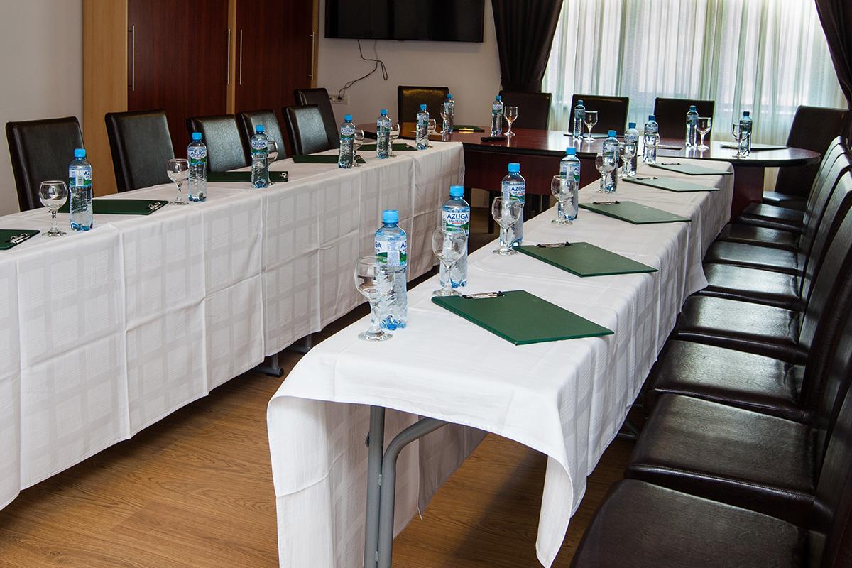 Sala conferinte - sistem seminar.jpg