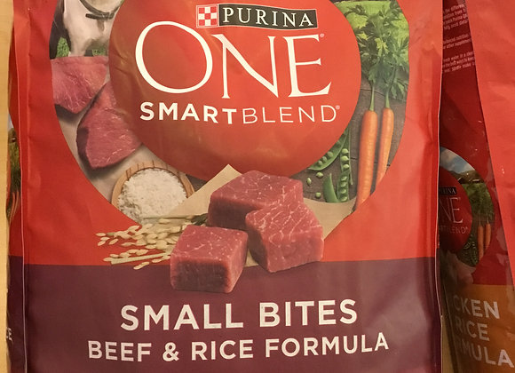 Purina one smart blend, 8lbs
