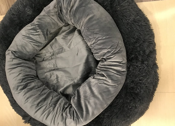 Deluxe bed - large faux fur with donut attachment