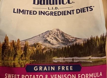 Natural Balance - Sweet potato & venison, 4.5lbs