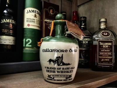 Tullamore Dew Blend Old Crock (1960s/1970s)