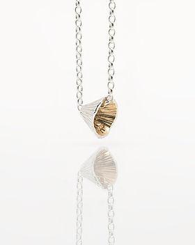 shell cone sml pendant.jpg