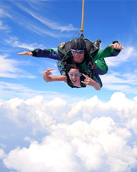 skydiving-16_edited.jpg