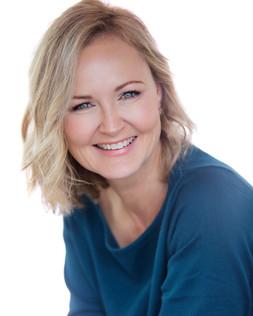 Louise Chambers Headshot