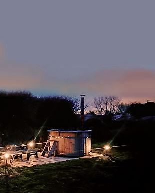 hot tub glamping site in cornwall.jpg