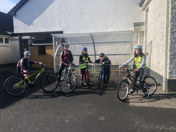 Some 4th class cycled to school