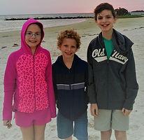 KidsDuringTravels3-icarus style-crop.jpg