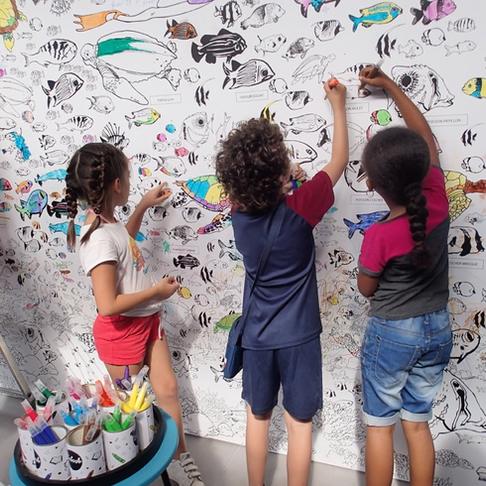 Fresque géante à colorier à Kélonia