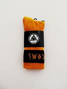 Welcome: Summon Jacquarded Crew Socks (Pumpkin, Black)