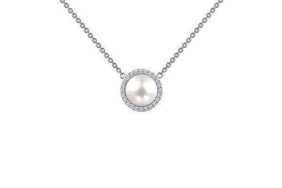 Pearl Pendant With Halo