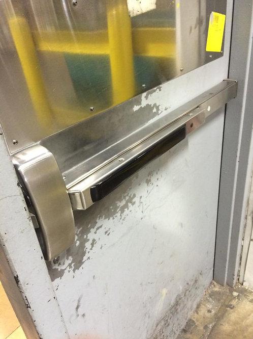 Sargent 90 series exit device Panic bar