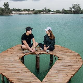 JI Romantic Escape - Blue Lake.png
