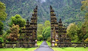handara-gate_20191004203556.jpg