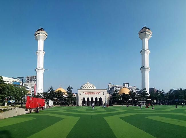 Masjid_Raya_Bandung_dan_Alun-alun_Bandun