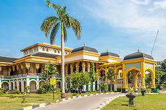 Medan-Maimoon-Palace-155605298-2.jpg