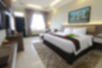 Agro-Deluxe-Room-_-Ocean-Palace-768x512.