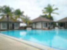 Comforta Hotel Tanjung Pinang pool.jpg