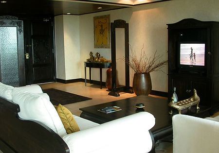 Indraloka-Suite-Living-Room-1.jpg