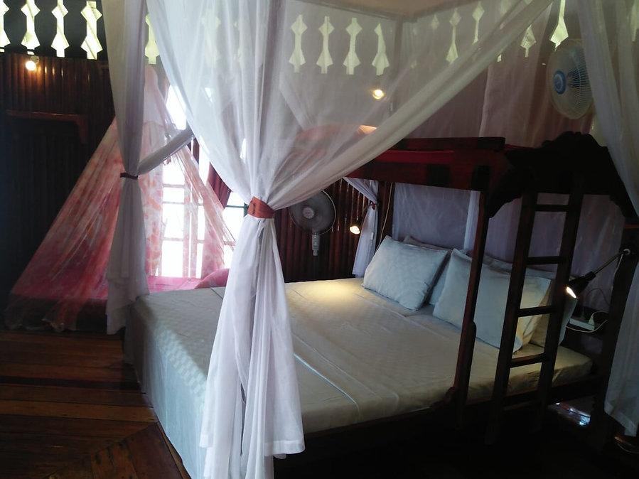 loola-chalet-room