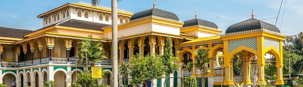 Medan-Maimoon-Palace-155605298-2_edited.