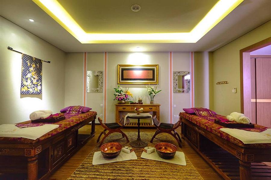 Holiday Villa 06.jpg