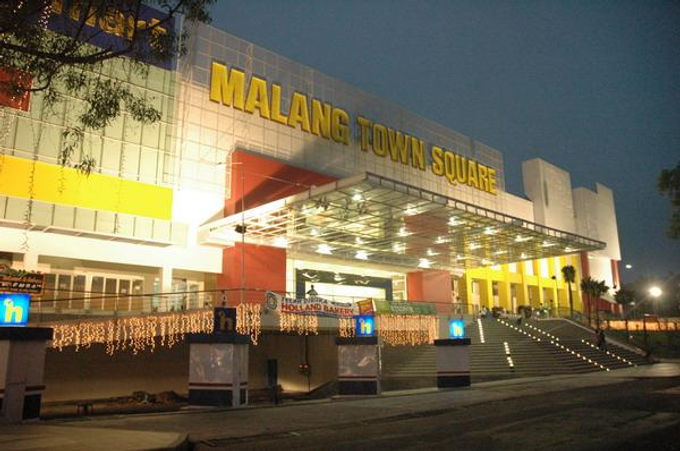 Malang City Square.jpeg