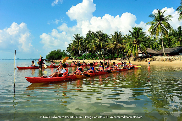 loola-bintan-students-kayaking