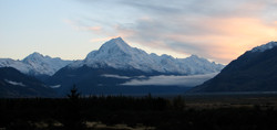 Mount Cook from Gelntanner 15 May 2010.JPG
