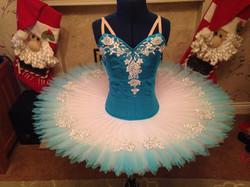 Turquoise and white shaded edge skirt tu