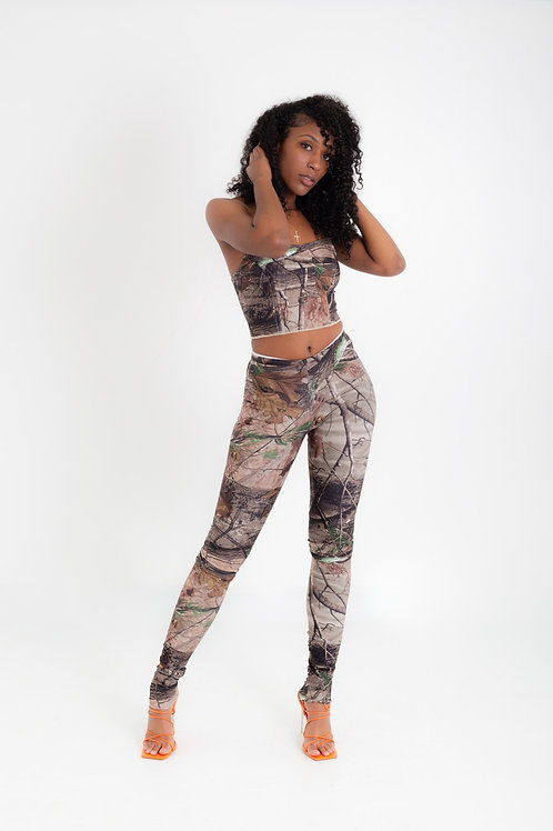(C.Â.M.P design ) Looking for prey stacked leggings